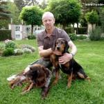 Willigerd Emontspohl mit seinen Hunden